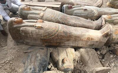 V Egypte objavili viac ako 20 starodávnych nepoškodených rakiev v pôvodnom stave, s viditeľnými dekoráciami. Ešte ich neotvorili