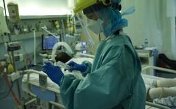 V galantskej nemocnici denne zomrie na koronavírus päť ľudí, už ôsmy deň sa starajú len o covidových pacientov