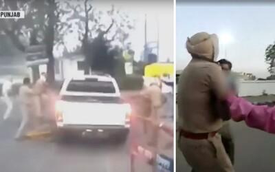 V Indii napadli policisty, kteří kontrolovali zákaz vycházení. Jednomu z nich usekli ruku mečem
