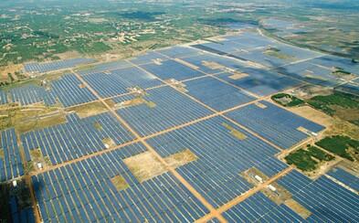 V Indii úspešne vybudovali najväčšiu solárnu elektráreň na svete zásobujúcu desaťtisíce domácností