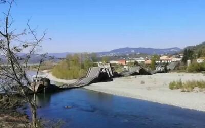 V Itálii se zřítil most, zranil se jeden řidič