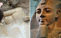 V káhirskom slume objavili 3000-ročnú sochu faraóna Ramzesa Veľkého. Archeológovia nález označujú za jeden z najväčších v histórii