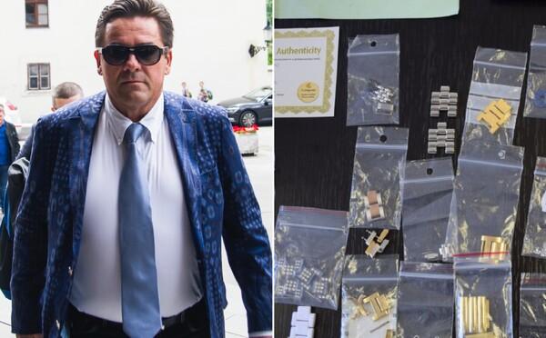 V Kočnerovom aute našli okrem Bentley telefónu s Threemou aj diamanty, perly, luxusné oblečenie a  dokumenty k miliónovým kauzám