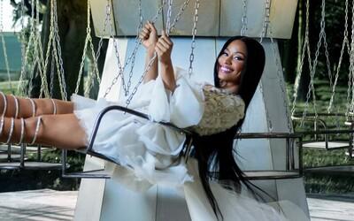 V krátkém vánočním filmu od H&M si zahrála Nicki Minaj. Do nové kolekce přispěla několika zajímavými kousky