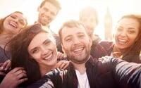 V ktorom veku máme najväčší okruh priateľov? Fínski a britskí vedci zostavili štúdiu a prišli na odpoveď