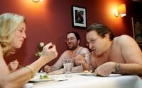 V Londýne otvorili nudistickú reštauráciu. Jedlo v spoločnosti nahých tiel si môžeš vychutnať aj ty