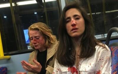 V londýnském autobuse zbili dvě lesbičky, protože se před partou chlapů odmítly líbat
