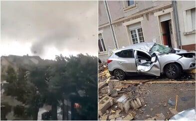 V Lucembursku se objevilo tornádo, smetlo desítky domů a aut. 19 lidí je zraněno