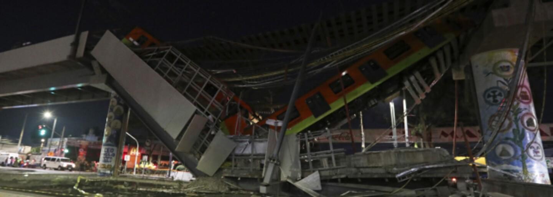 V Mexiku se pod metrem s cestujícími zhroutil most. Úřady hlásí zatím 13 mrtvých
