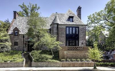 V nádhernom domčeku za viac ako 4 milióny dolárov budú bývať Obamovci, keď odídu z Bieleho domu. Dominujú v ňom biela, šedá a drevo