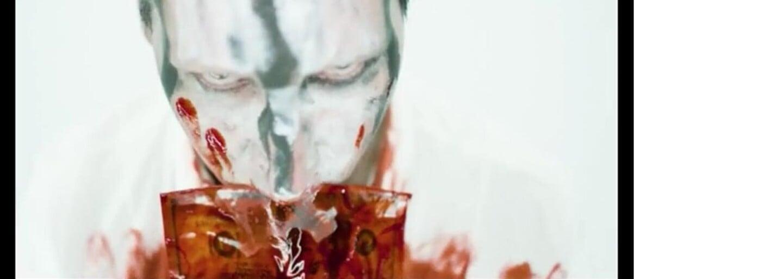 V najnovšom videoklipe Marilyna Mansona účinkuje jeho dlhoročný kamarát Johnny Depp. Výsledok ich spolupráce je viac ako bizarný