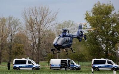 V Německu útočil lukostřelec. Policistům sebral zbraně a utekl do lesa