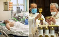 V nemocniciach na Slovensku pracuje vyše 200 kňazov. Vysileným zdravotníkom pomáhajú v rôznych oblastiach