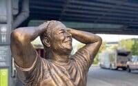 V New Yorku odhalili sochu Elona Muska pri príležitosti jeho 50. narodenín