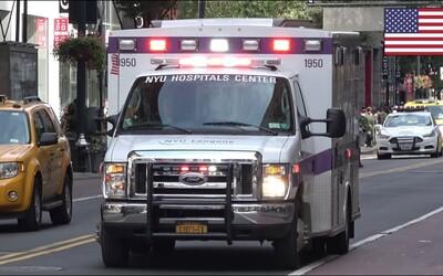 V New Yorku za jeden den volalo záchranku více než 6400 lidí. Byl tak překonán rekord z 11. září 2001, kdy se zřítila dvojčata