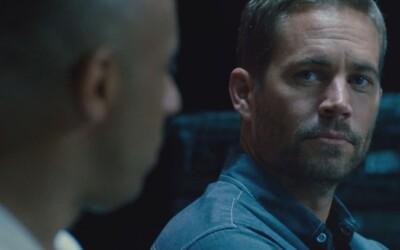 V novom traileri pre Furious 7 loví Statham Diesela, Walkera a ich rodinu