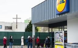 V parlamente je návrh na zákaz nedeľného predaja. Čo si však o tom myslia slovenskí podnikatelia?