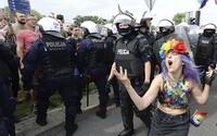 V Poľsku sa opäť šíria protesty za práva LGBTI osôb, polícia zadržala transgender aktivistku. Vo väzbe má zostať až dva mesiace