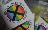 """V Polsku žije v """"zónách bez LGBTI"""" až dvanáct milionů lidí, města a obce postupně přijímají diskriminační rozhodnutí"""