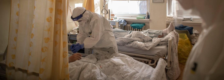V pondělí v Česku nikdo nezemřel na koronavirus. Po devíti měsících