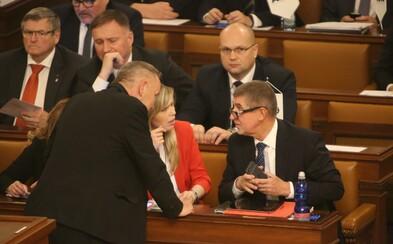 V Poslanecké sněmovně se objevil koronavirus. Nakaženým má být vládní poslanec