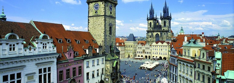 V Praze dojde k úbytku nevzhledných reklam, které narušují krásu města. Nová pravidla pro vylepování plakátů začnou platit už od příštího roku