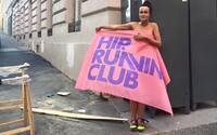 V Praze otevřeli Hip. Running Club, jedinečné místo, kde si můžeš zacvičit v obklopení uměleckých děl