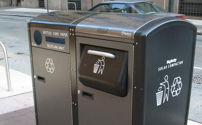 V Praze přibudou chytré odpadkové koše. Některé budou schopné lisovat odpad