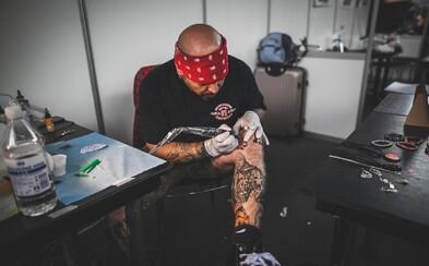 V Praze proběhl největší český festival tetování. Prohlédni si galerii plnou pestrobarevných záběrů (Fotoreport)