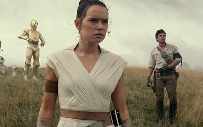 V prvním traileru k Epizodě IX můžeš vidět trosky Death Star, návrat Darth Sidiouse i nového kamaráda BB-8