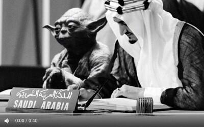 V saudských stredoškolských učebniach sa omylom ocitol majster Yoda, ktorý sprevádza kráľa