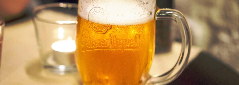 V slovenském kostele si pivo načepuješ 24 hodin denně. Farář nechal výčep zřídit po vzoru prvních křesťanů