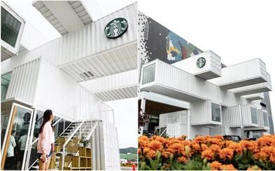 Na Tchaj-wanu postavili kavárnu Starbucks z 29 lodních kontejnerů. Budova se ihned stala instagramovým hitem