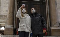 V Taliansku na koronavírus zomrelo za 24 hodín takmer 50 ľudí. Dokopy v krajine vírusu podľahlo 197 osôb