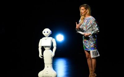 V Tatra banke ťa teraz môže obslúžiť robot! Vtipný Pepper ti poradí s každou požiadavkou