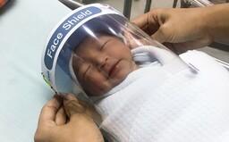 V Thajsku nosia ochranné masky na tváričkách aj bábätká
