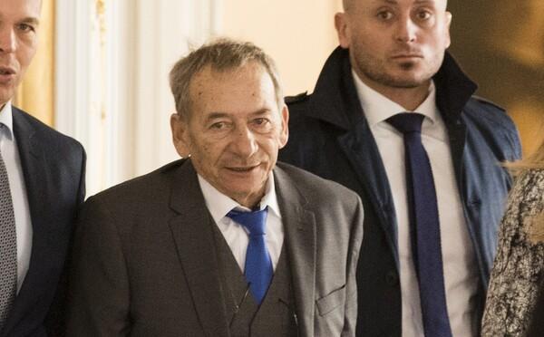 V únoru bude v Česku vyhlášen státní smutek. Na počest zesnulého senátora Kubery