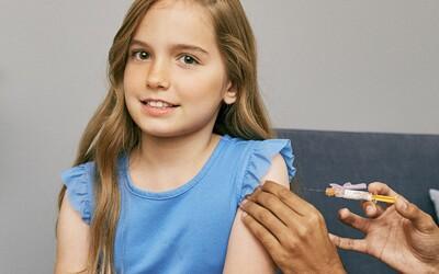 Vakcína od společností Pfizer a BioNTech je vhodná i pro děti od 5 do 11 let, ukázala klinická studie