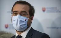 Vakcína proti koronavírusu zrejme na Slovensku v decembri nebude, hovorí minister Krajčí