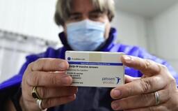 Vakcínou Johnson & Johnson by sa na Slovensku mohlo začať očkovať už o dva týždne