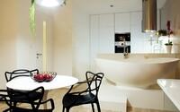 Vaňa v kuchynskej časti 2-izbového bytu? Pre české štúdio absolútne žiadny problém