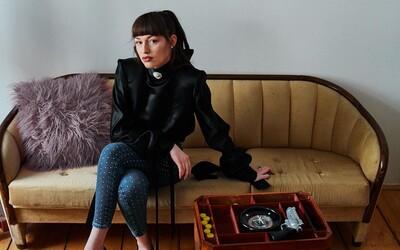 Vanda Janda: Nejde iba o odev, ide hlavne o to, ako ho nosíte a ako sa v ňom nesiete