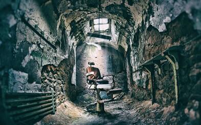 Vězení, které bylo založeno na systému úplné izolace. Stačil malý náznak řeči a vysloužili jste si jeden z extrémních trestů