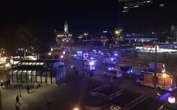 Ve Vídni došlo k teroristickému útoku, hlášeno je několik mrtvých a těžce zraněných (Aktualizováno)
