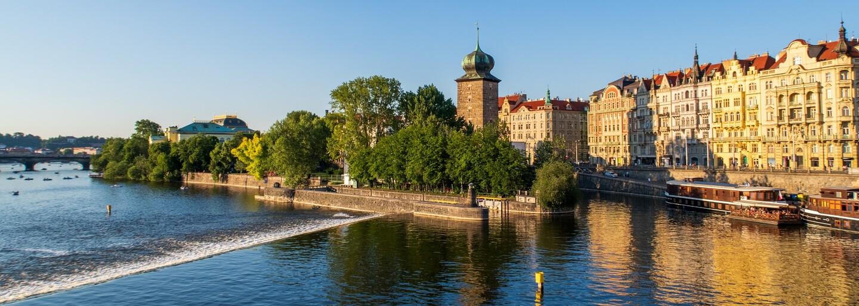 Ve Vltavě pod Jiráskovým mostem byla nalezena mrtvola