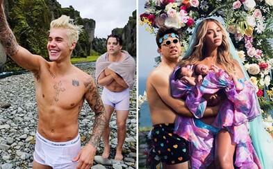 Večierok s Justinom a na záchode so Selenou. Vtipné fotomontáže dostávajú chlapíka medzi svetové celebrity aj naďalej