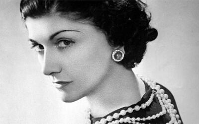 Věčná milenka a slavná návrhářka - Jaký byl život známé Coco Chanel?