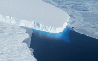 Vědci hledají život v temném jezeře na Antarktidě pod kilometrovou vrstvou sněhu a ledu