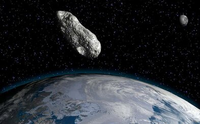 Vědci objevili dosud nejstarší záznam o člověku, kterého zabil meteorit. Stalo se to před více než sto lety