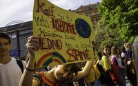 Vědci tvrdí, že světu hrozí klimatický apartheid. Hlad a války pocítí zejména chudí
